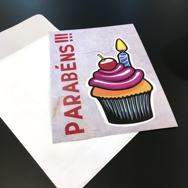 Cartão de Aniversário (ambientado)